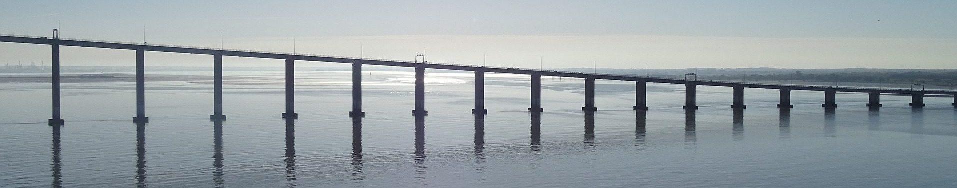 bridge-995026_1920